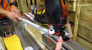 La rotazione della talloniera fino a 43° senza sgancio del puntale