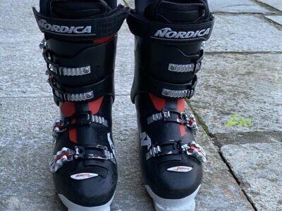 scarponi nordica 90 (usati quattro volte)
